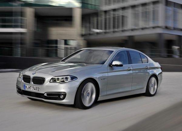 BMW-528i-Sedan