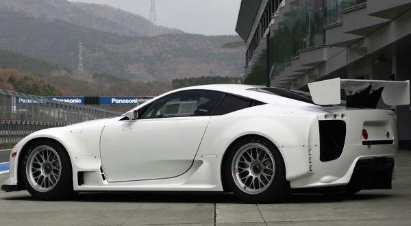 Lexus-LFA1
