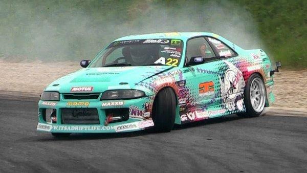 Nissan-Skyline-Drift-Car