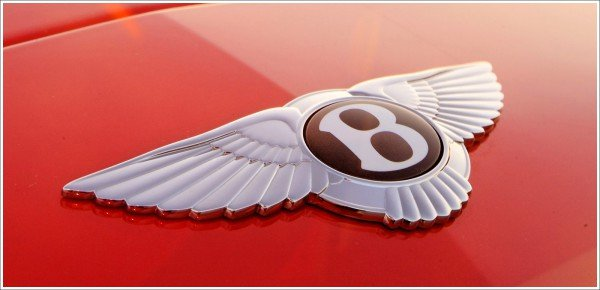 Bentley car symbol