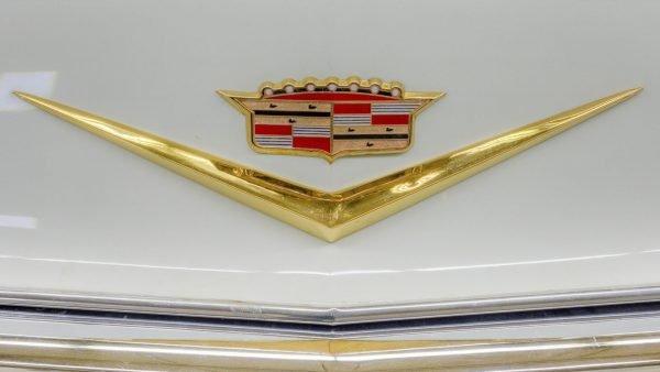 old cadillac logo