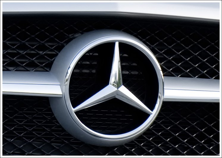 Mercedes benz logo meaning and history latest models for Mercedes benz badges