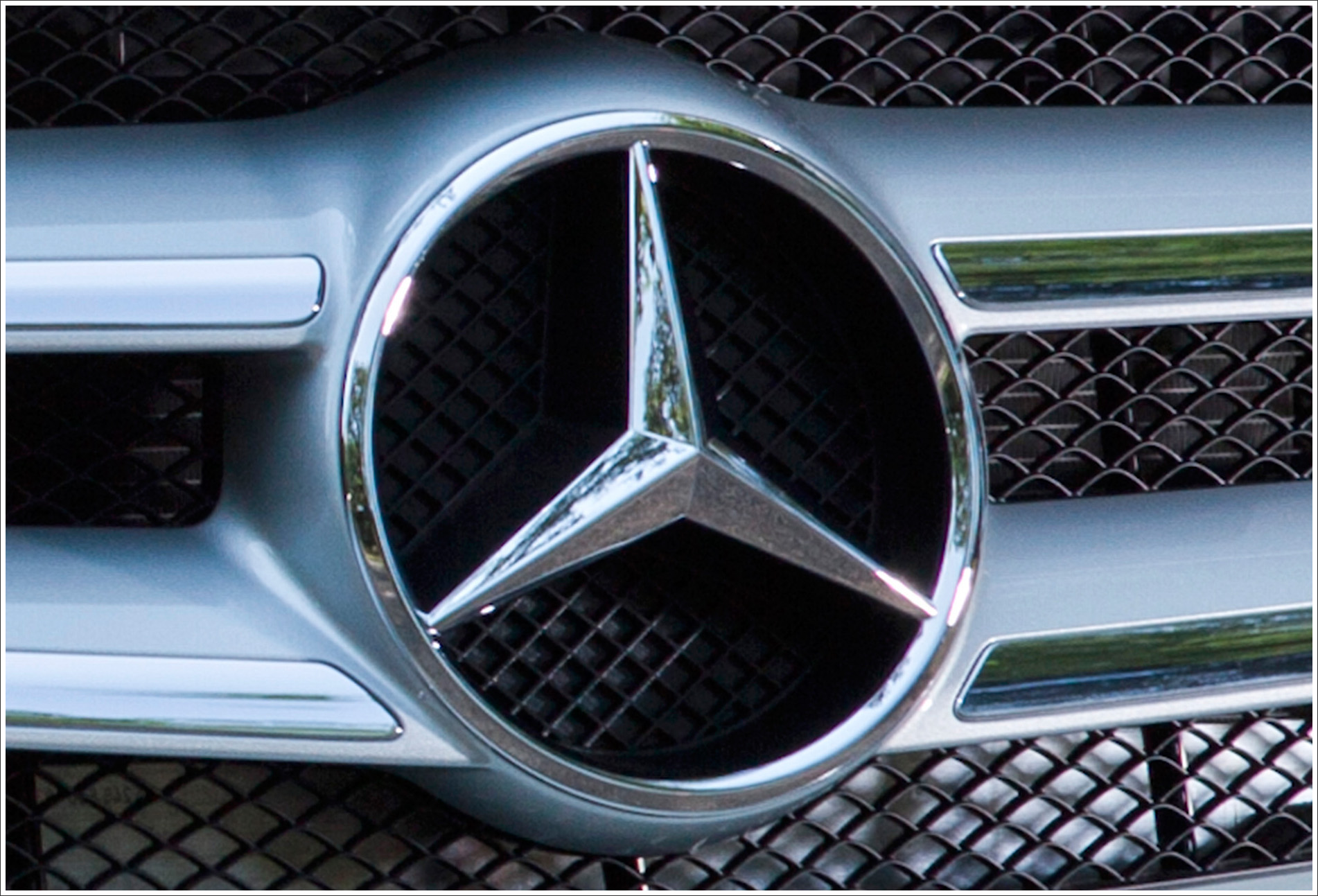 Mercedes benz logo meaning and history latest models world cars mercedes benz logo biocorpaavc Image collections