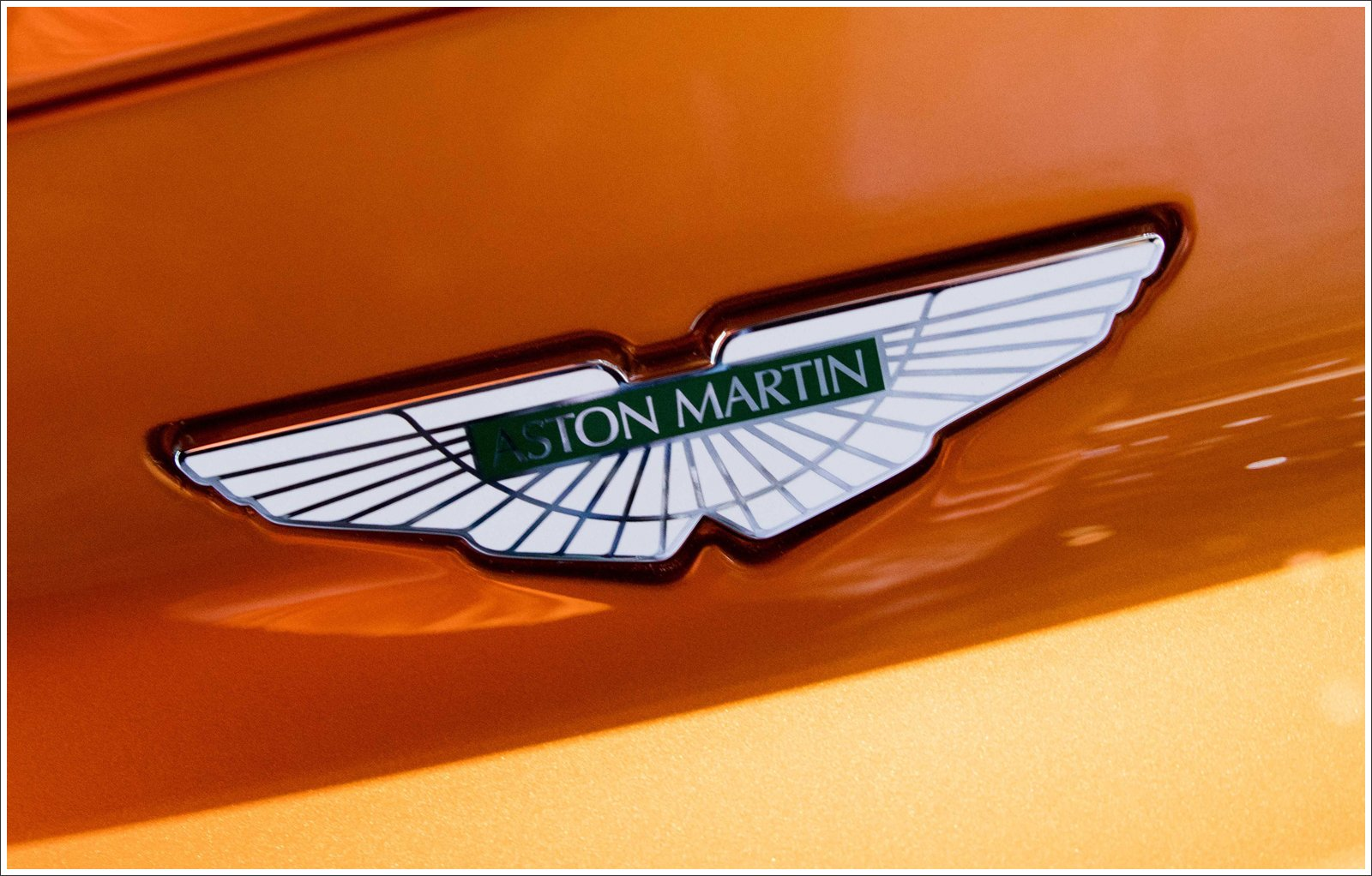 Aston Martin Logo Meaning And History Symbol Aston Martin