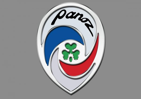 Color Panoz logo